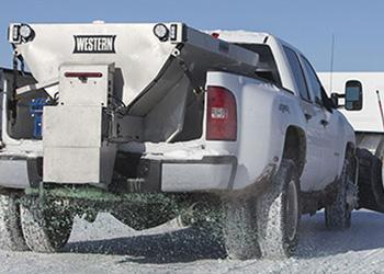 salt truck de-icing